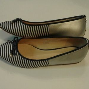 Crown & Ivy blue/silver size 7.5 flats with bow